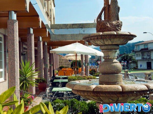 Hotel con piscina en Sanxenxo